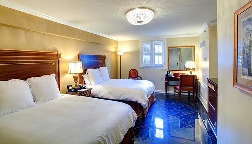 Hotel Mazarin Guest Room