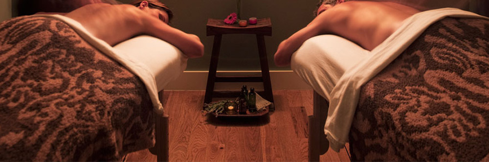 Spa Couples Massage at Travaasa Austin