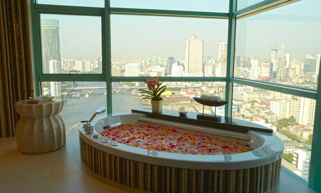 Chatrium Residence Sathon Bangkok Presidential Suite Bathtub