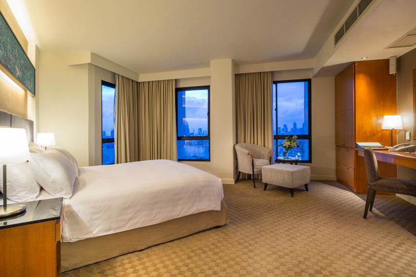 Chatrium Residence Sathon Bangkok Three Bedroom Suite Master Bedroom