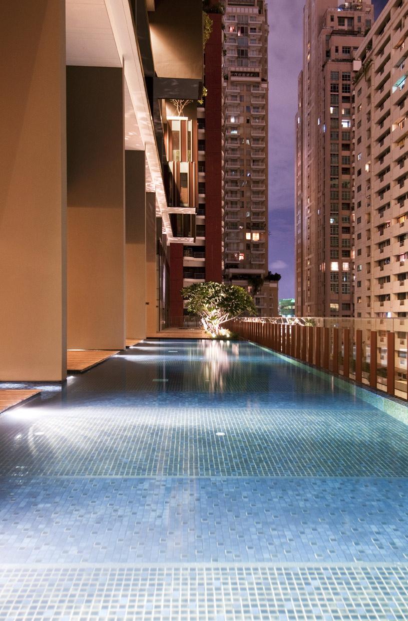 Hansar Bangkok Infinity Pool