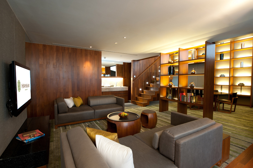 Hansar Bangkok Loft Suite