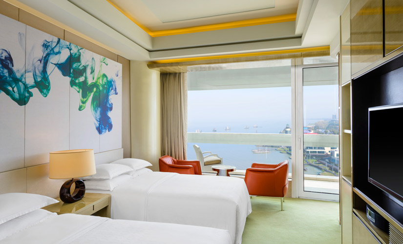 The Sheraton Huzhou Hot Spring Resorts Deluxe Twin Guest Room