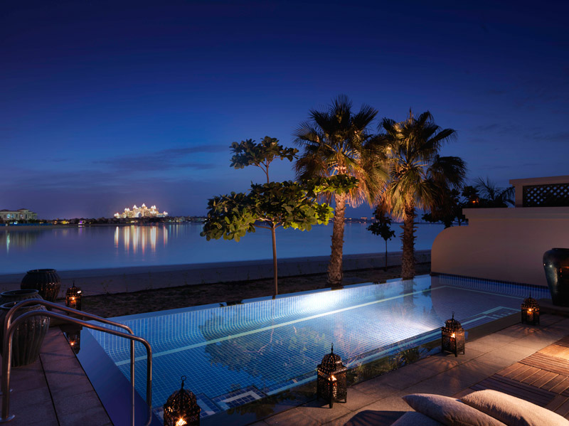 Anantara Dubai-One Bed Beach Villa By The Pool Night View
