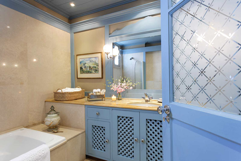 Bathroom at The Hotel Albergo