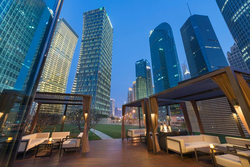 Qi Terrace Bar at The Shanghai Pudong