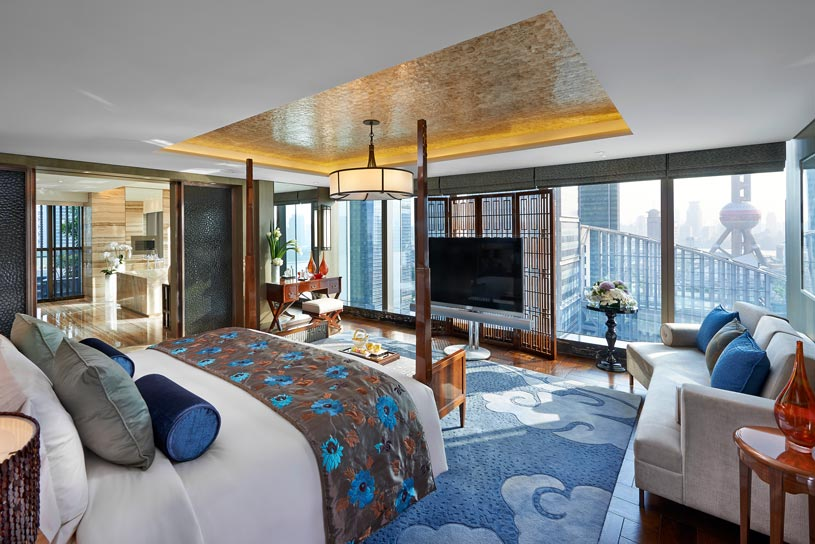 Presidential Suite Bedroom at The Shanghai Pudong