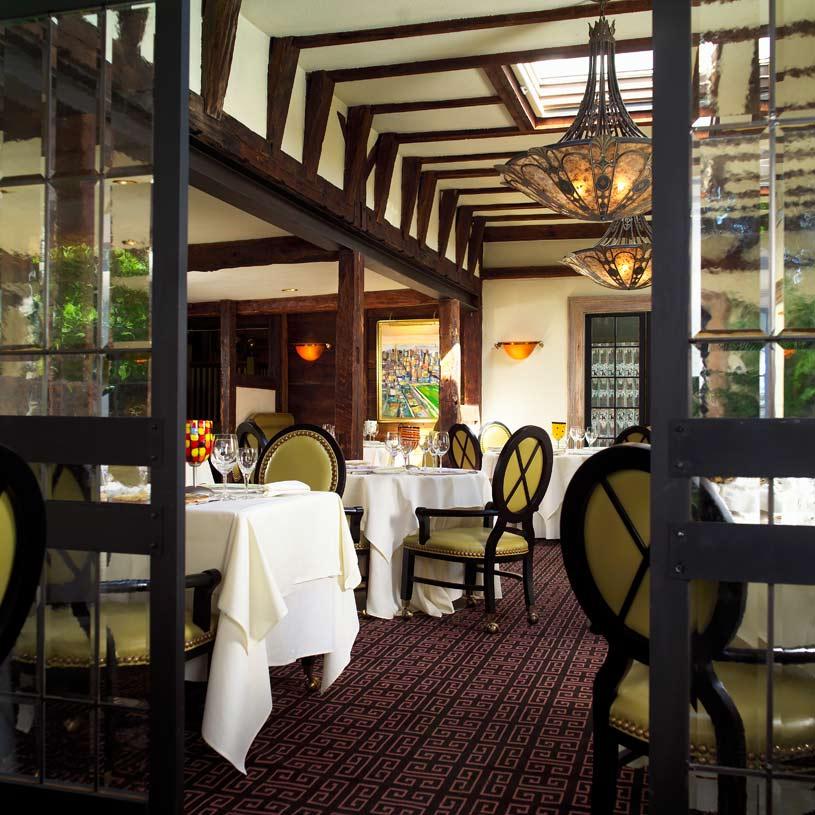 Homestead Inn Dining Area