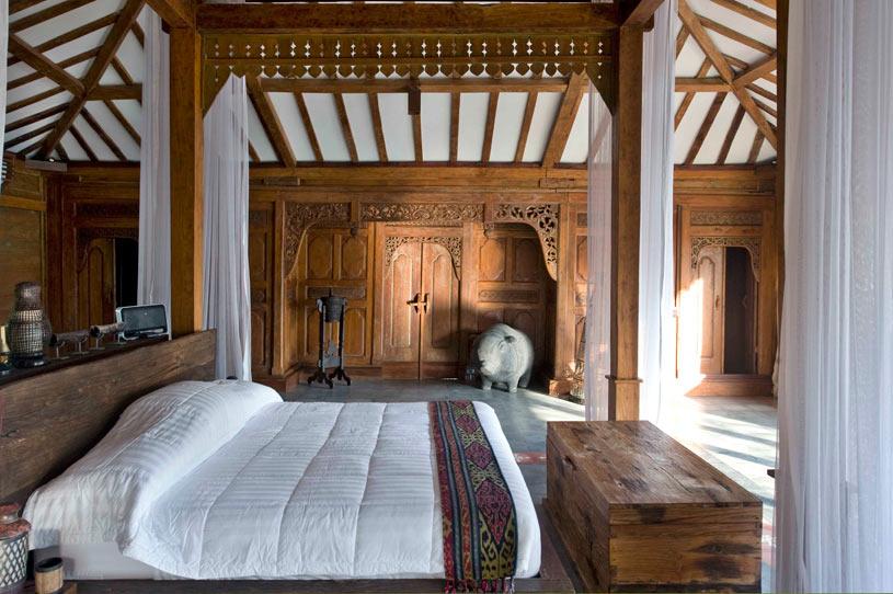 Bambu Room at The Ketapang Estate Hotel