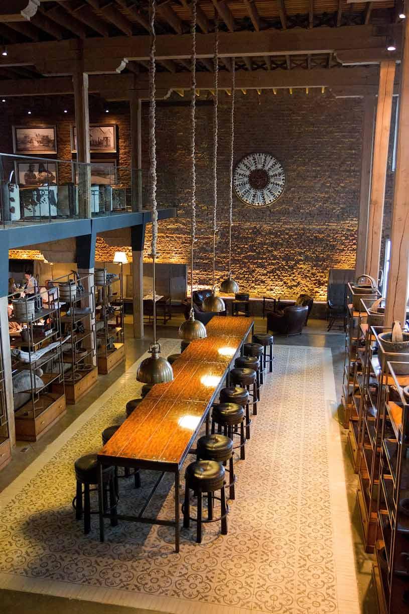 The Singular Restaurant