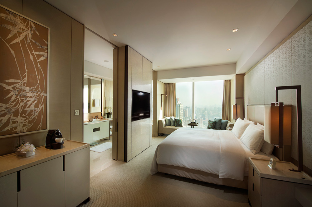 Deluxe guestroom at Conrad Beijing, China