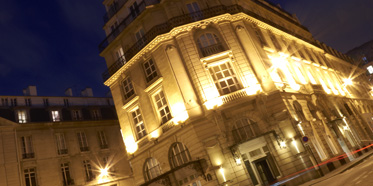 exterior of Grand Hotel du Palais Royale Hotel