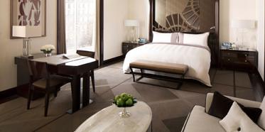 Bedroom at Peninsula Paris