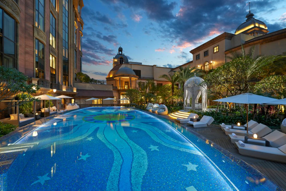 Luxury Spa Pool at Mandarin Oriental Taipei, Taiwan