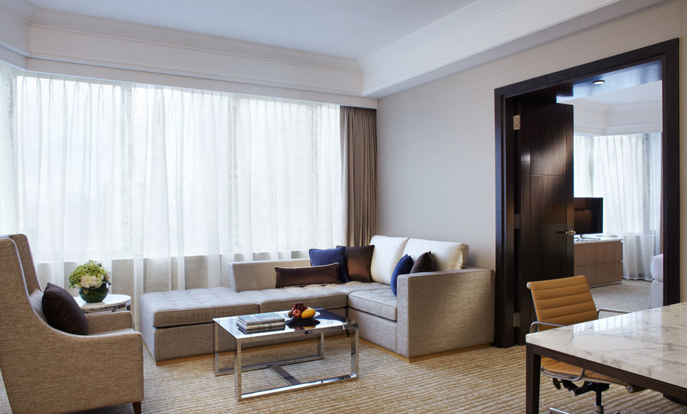 Living Area of The Junior Suite at The Singapore Marriott Hotel