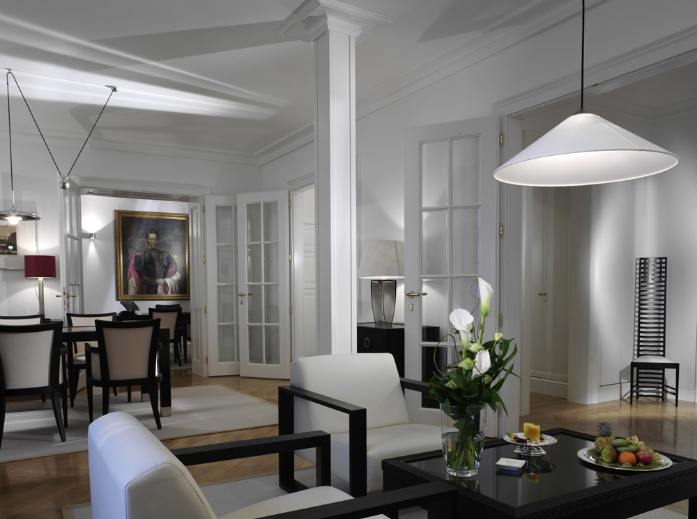 City Suite at Palais Coburg Residenz Vienna