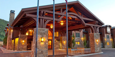 Exterior of Wyoming Inn