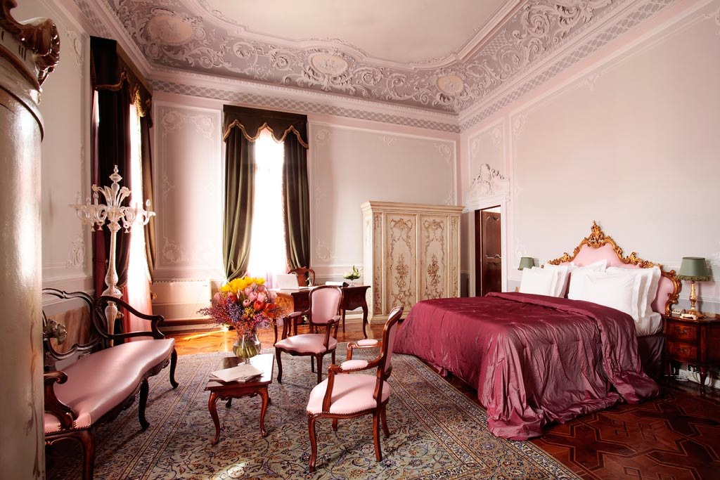 Guest room at the Boscolo Venezia