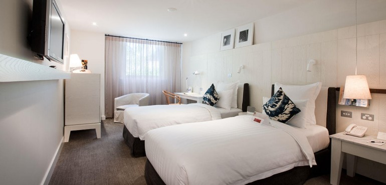 Heritage Twin Bed City View Room at Pier One Sydney Harbour
