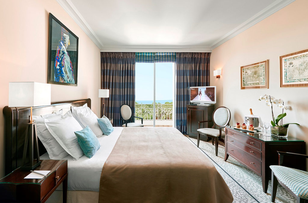 Prestige Guest Room at Hotel Juana, Antibes, France