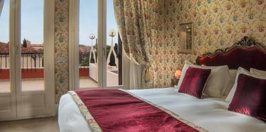 Deluxe King Guest Room at Hotel Papadopoli Venezia, Italy