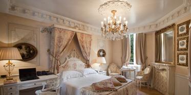 Guest Room at Hotel de la Ville, Monza, Italy