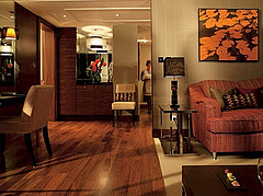 Jumeirah Carlton Tower Luxury Suite