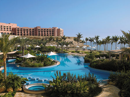 Luxury at its Best in Muscat at the ShangriLa Barr Al Jissah Resort