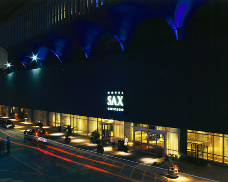 Xbox zune and more entertainment technology studios at for Hotel sax chicago