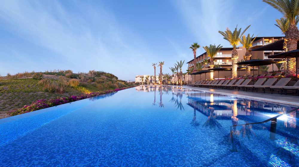 Pool at JW Marriott Los Cabos