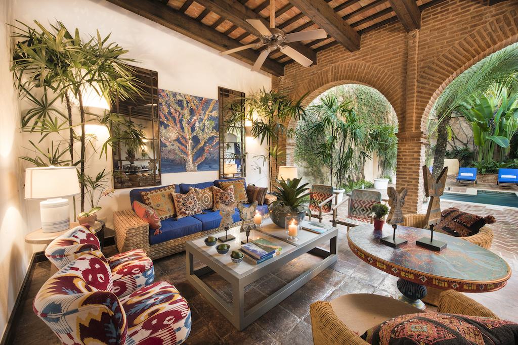 Royal Suite Outdoor Lounge Area at Casas del XVI
