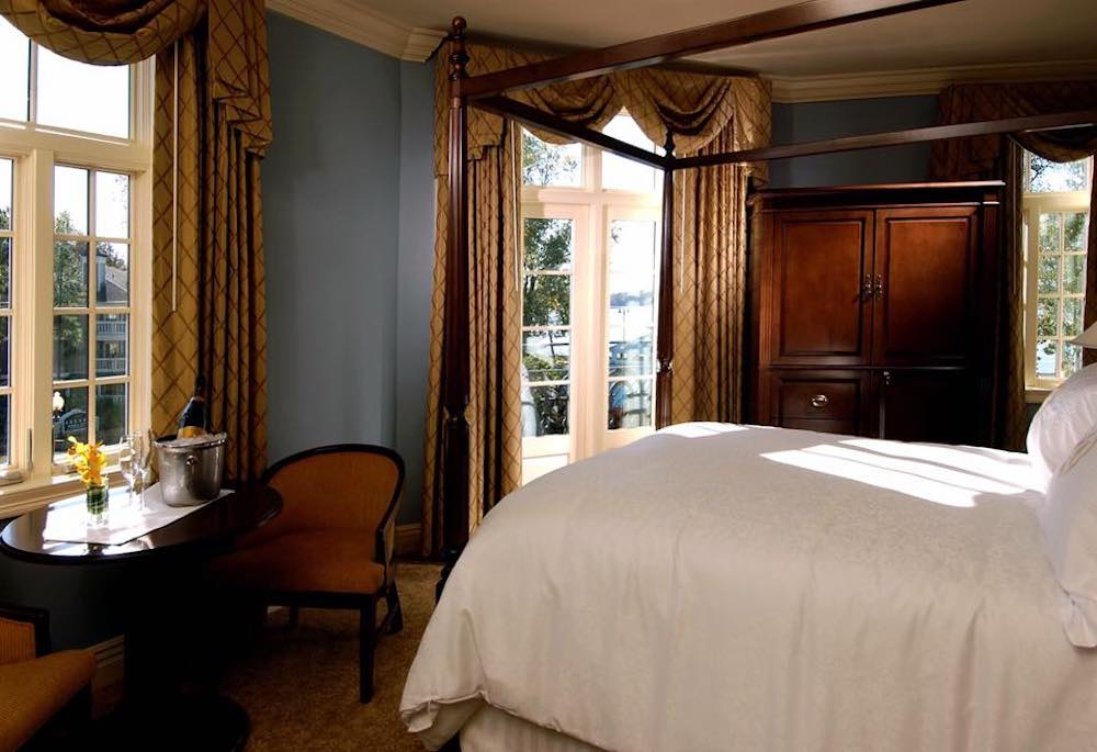 Guest room at the River Inn of Harbor Town