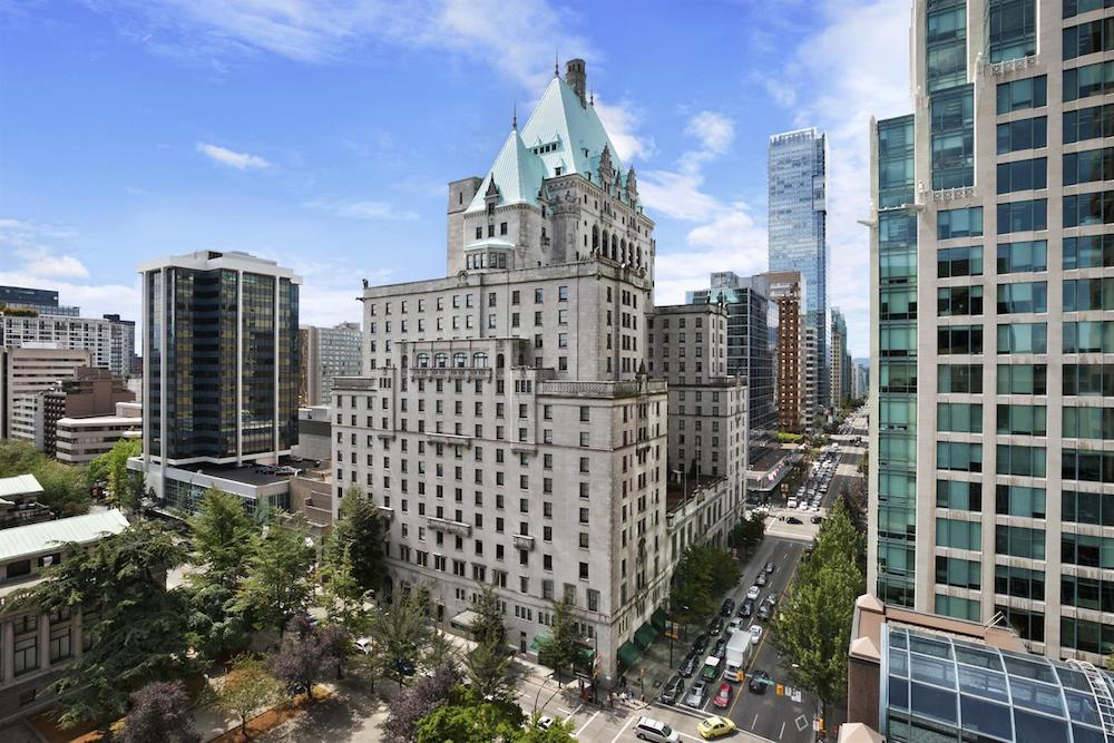 Exterior of the Fairmont Hotel Vancouver