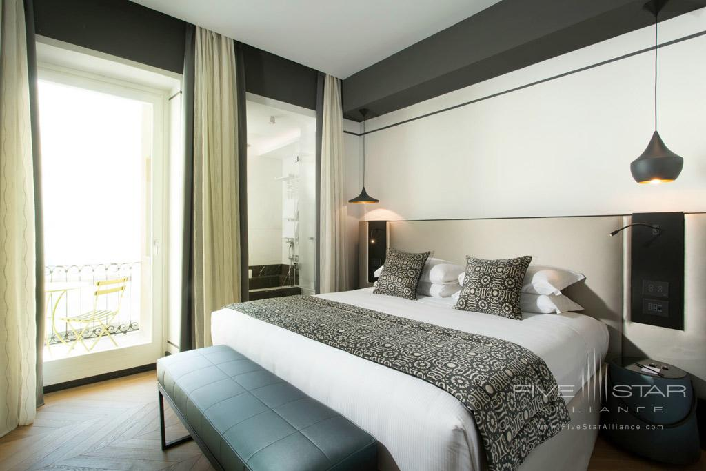 Luxury Suite at Corso 281, Rome Italy