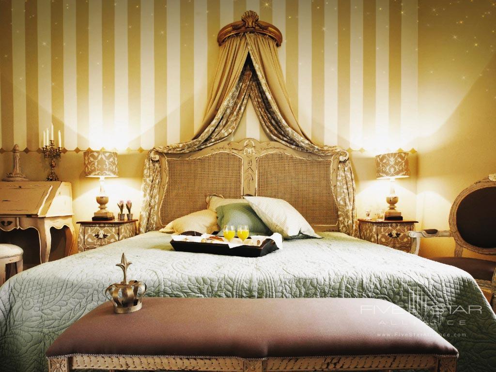 Guestroom at Hotel Amade Chateau, Vrakúň, Slovakia