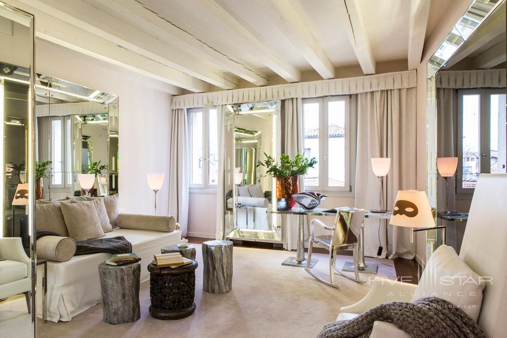 Apartment Living at Palazzina G, Venice, Italy