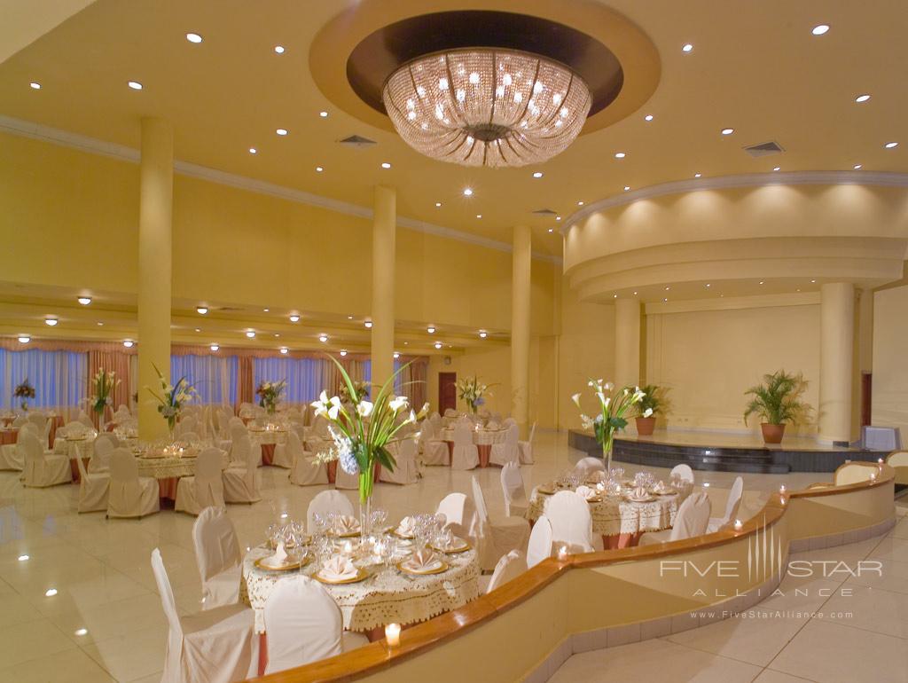 Dine at El Panama Hotel, Panama City, Panama