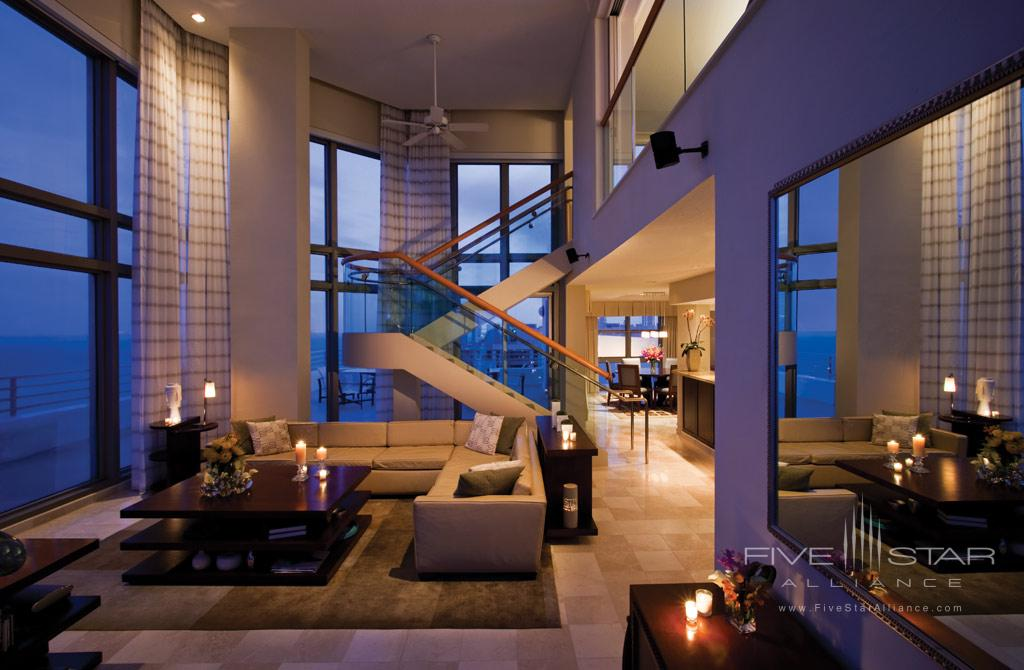 Lounge at Loews Miami Beach Hotel, Miami Beach, FL