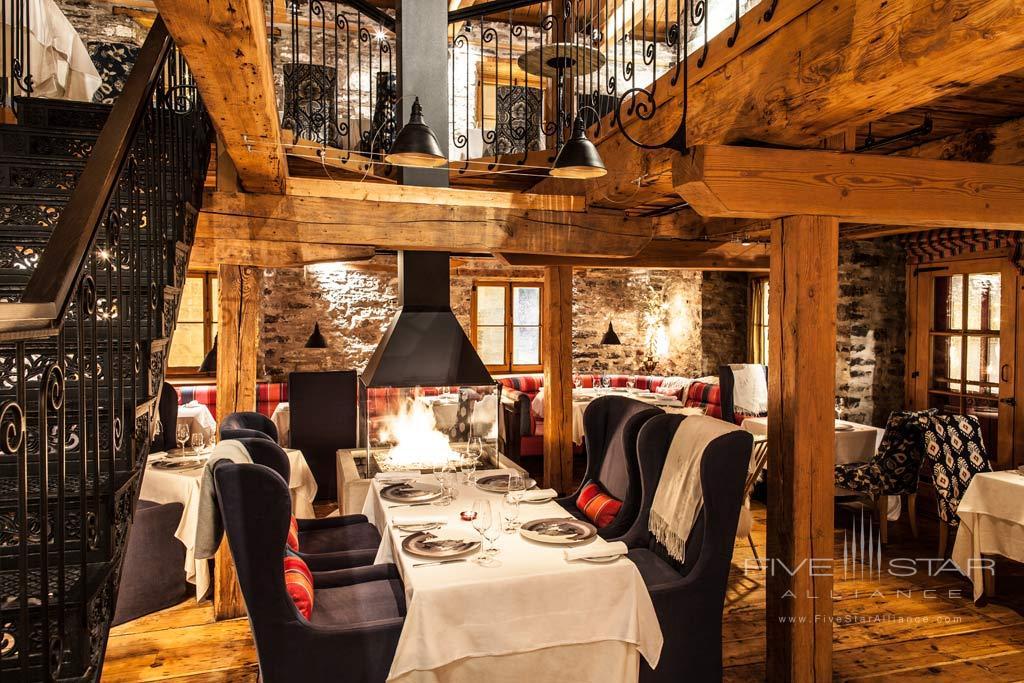 Dine at Auberge Saint-Antoine, Quebec City, PQ, Canada