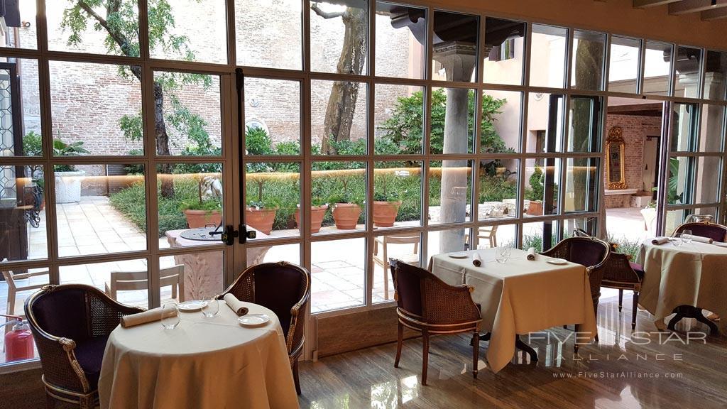 Dining at Palazzo Venart