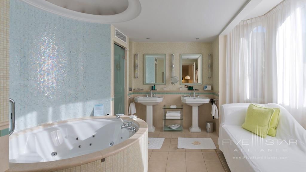 Guest Bath at InterContinental Carlton Cannes, Cannes, France