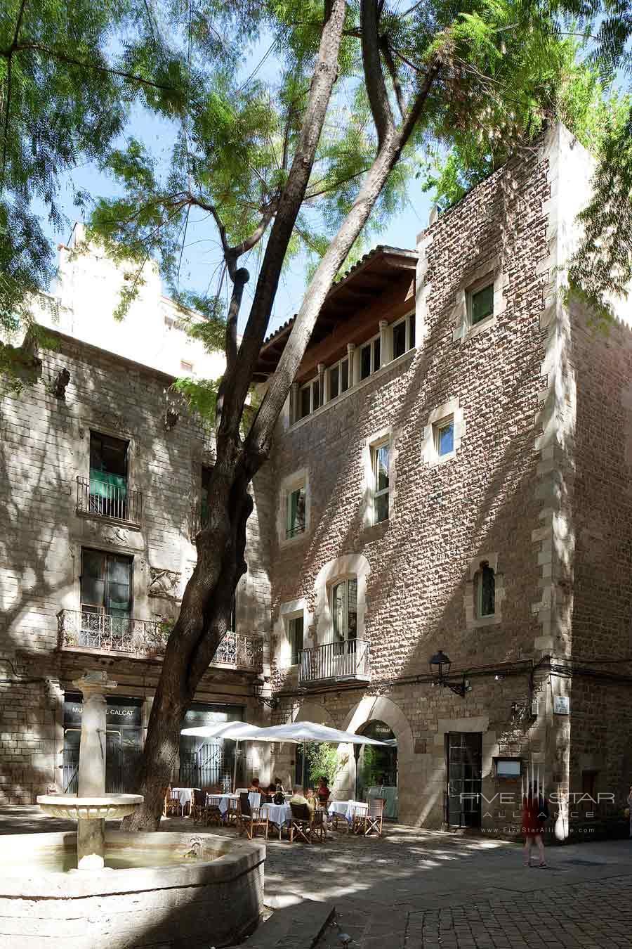 Sant Felip Square at Neri Hotel Barcelona