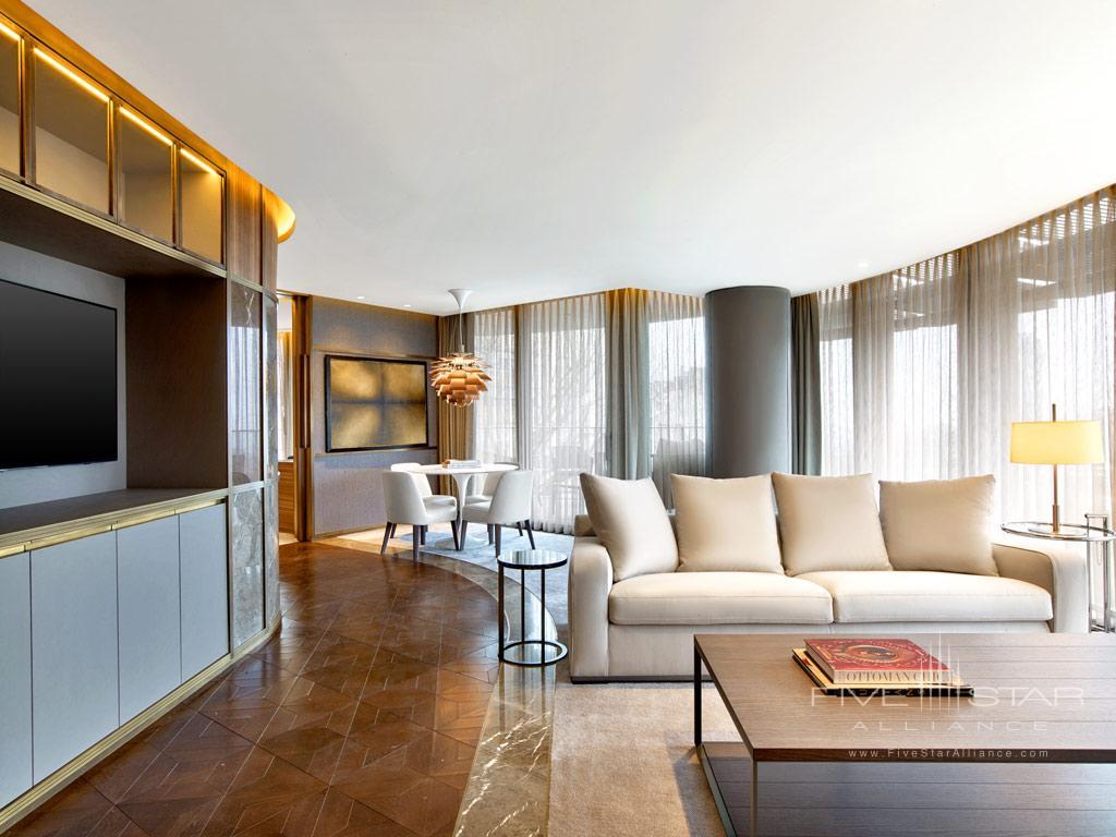 Cosmopolitan Suite Living Room at The St. Regis Istanbul, Turkey