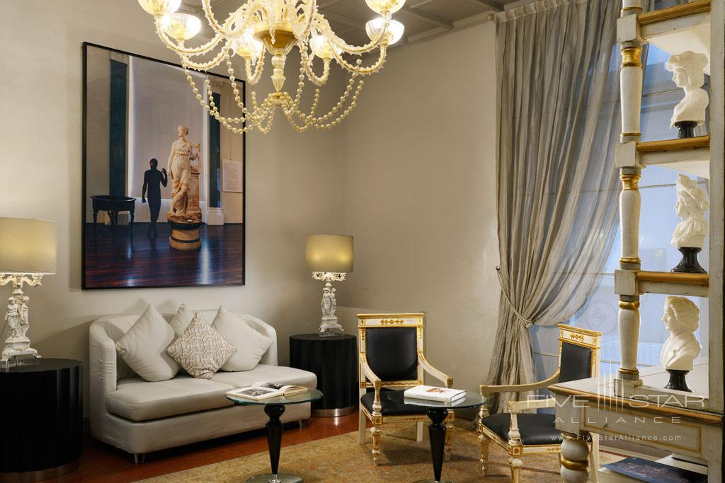 Guest Lounge at Brunelleschi Hotel Florence, Italy