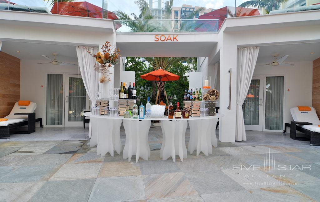Bar at Loews Miami Beach Hotel, Miami Beach, FL