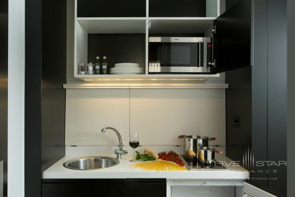 Kitchenette at Corso 281, Rome Italy
