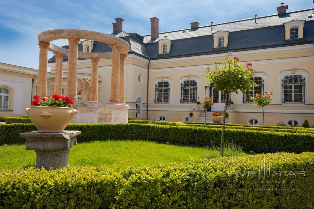 Hotel Amade Chateau, Vrakúň, Slovakia