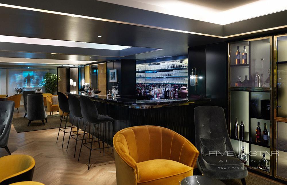 Bar at Athenaeum Hotel and Apartments, London, United Kingdom