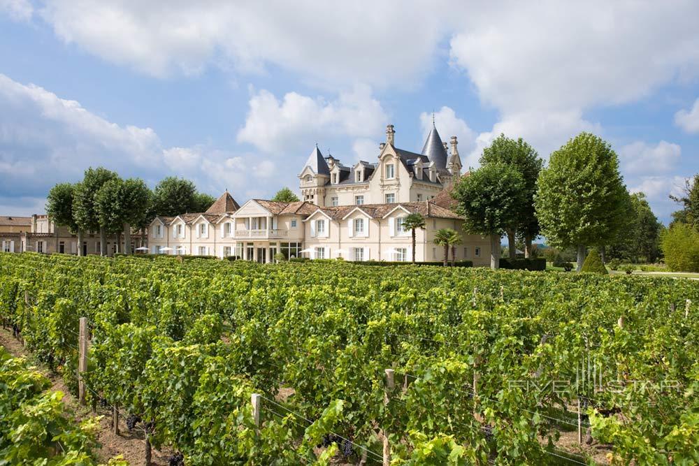 Exterior View of Hotel Chateau Grand Barrail Saint EmilionFrance