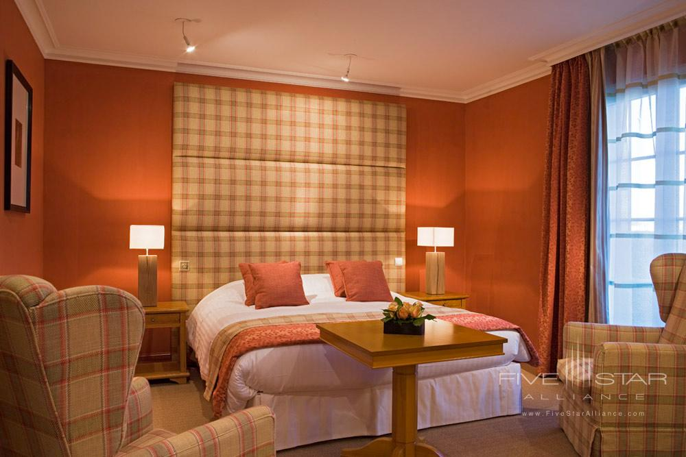Residence Superior Room at Hotel Chateau Grand Barrail Saint EmilionFrance